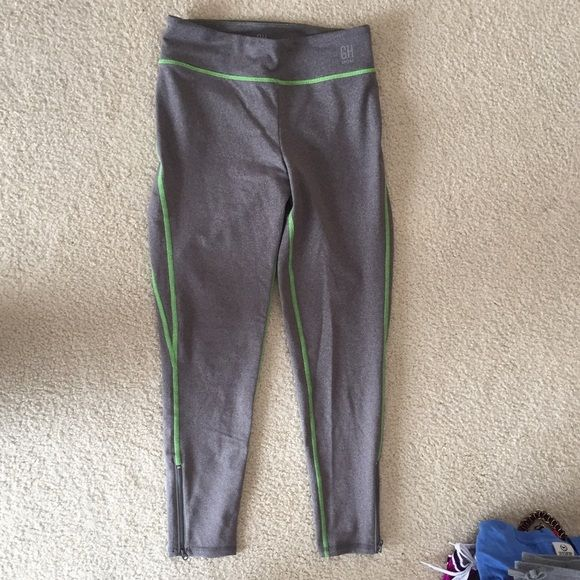 Gilly Hicks Sport Leggings Brand new, never worn Gilly Hicks Pants Leggings