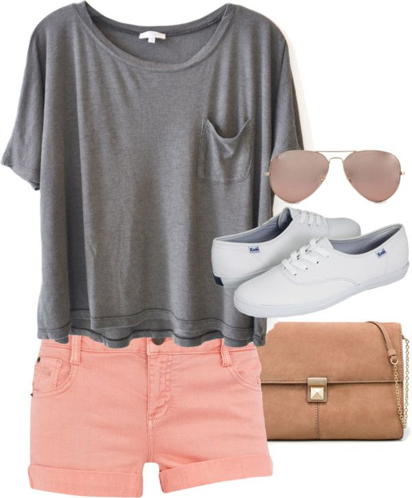 27640d94c3e3 Definitely a summer comfy day outfit for me! Loving the coral shorts, color  is awesome.