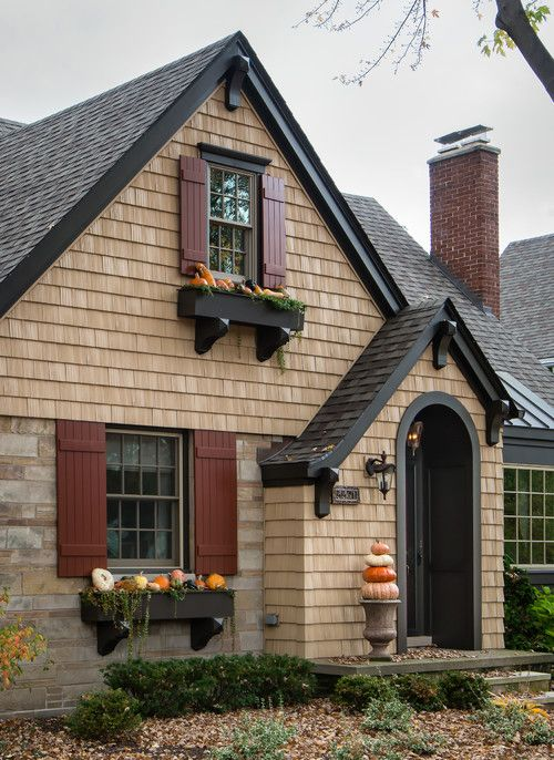 Home Exterior: What's Your Favorite Style #craftsmanstylehomes