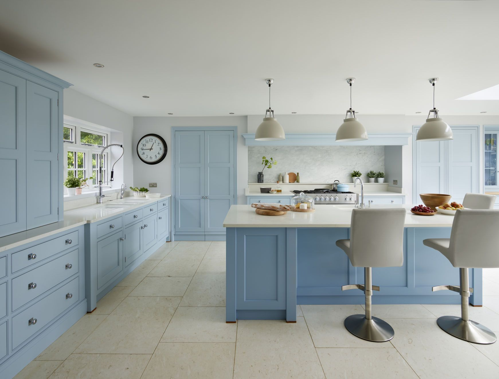 This bespoke blue Martin Moore kitchen was designed and handmade to ...