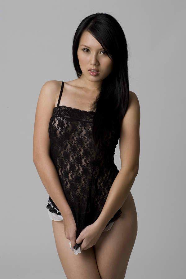 malay-nude-in-the-car-sex-girl-big-neuds-tite