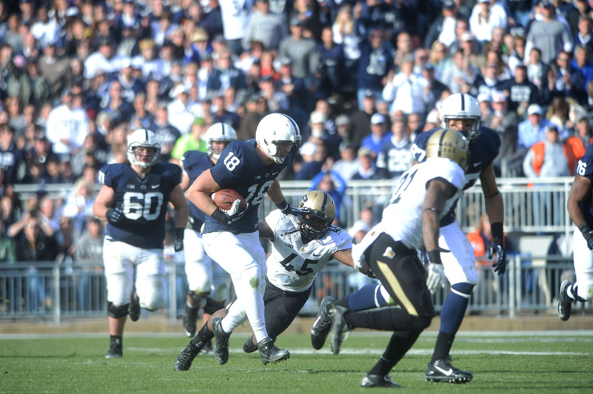 PENN STATE – FOOTBALL 2013 – CAREER-LONG pass from Hackenberg to tight end Jesse James covers 58 yards.