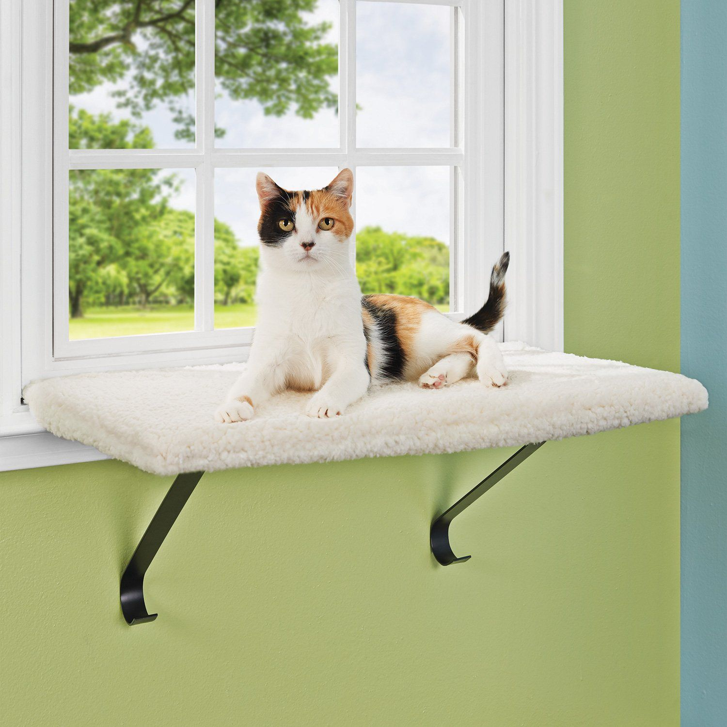 you me scout snooze window cat perch http www. Black Bedroom Furniture Sets. Home Design Ideas