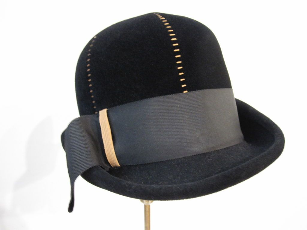 "60s Mod Black Velvet ""Bubble"" Fedora w/ Camel Detailing 