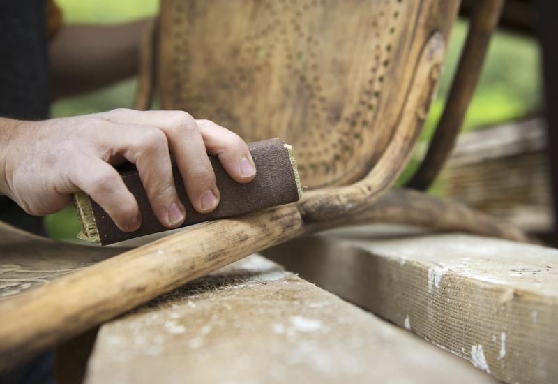 How to Refinish Wooden Chairs   Wooden chair, Diy ...