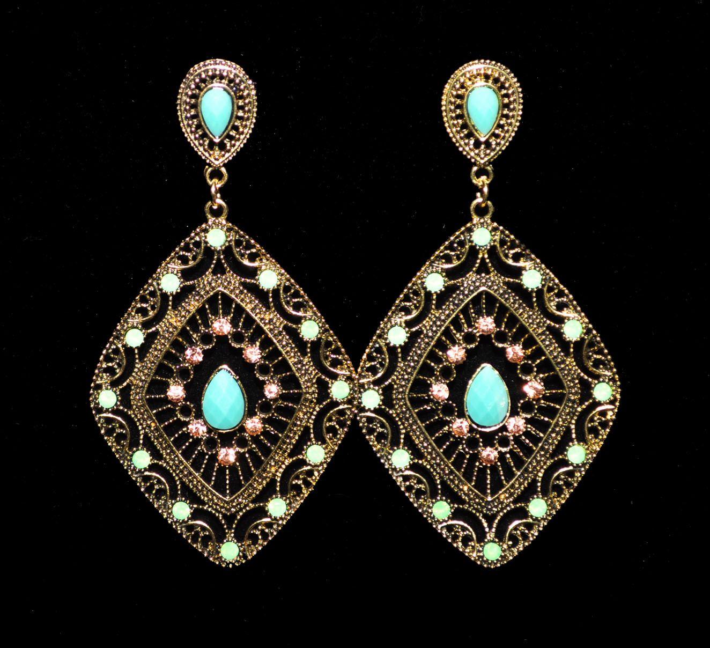 Brinco (earring)  - Todos os direitos reservados™