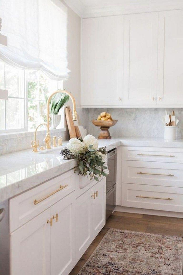 9+ Top White Kitchen Cabinet Design Ideas kitchendesign ...