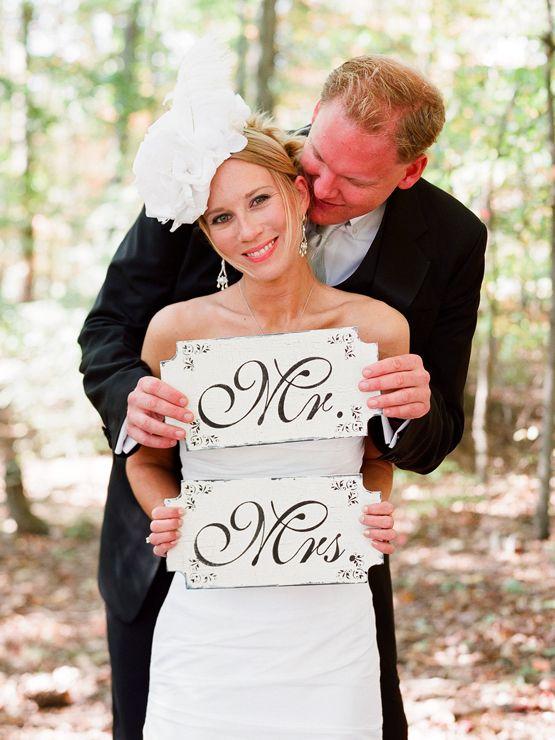 Mr. & Mrs. http://www.kissthegroom.com/2010/01/oh-happy-day/  #photo #photography #op #wedding #bride #groom #Mr. #Mrs. #sign