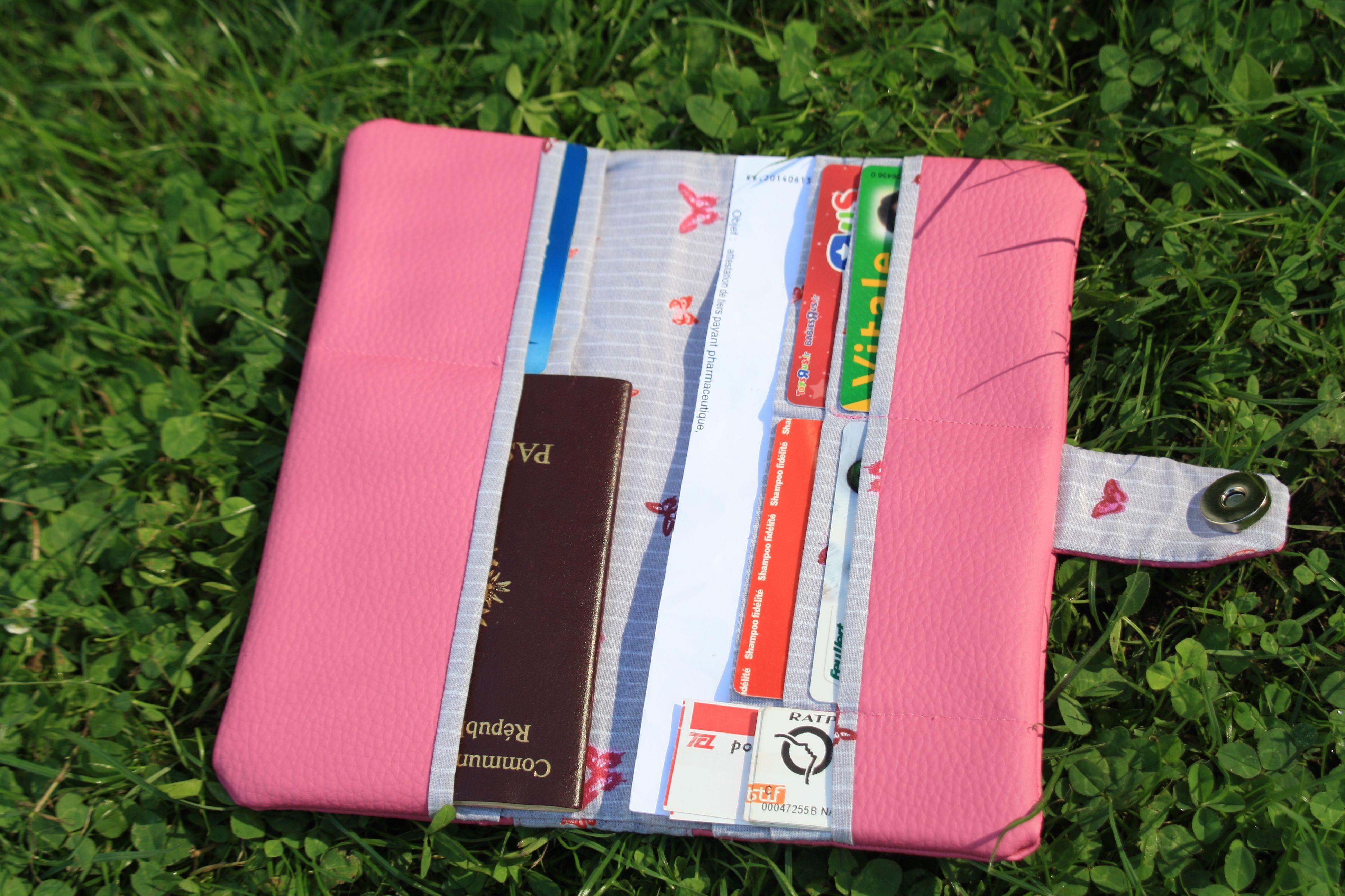 Pochette De Voyage Billets Et Passeports Exemple Pochette