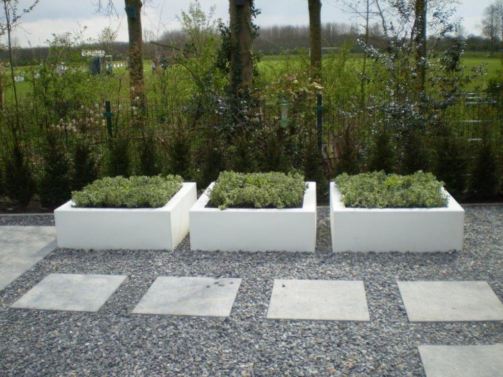 Betonnen trap tuin google zoeken tuin steiger pinterest gardens - Moderne betonnen trap ...