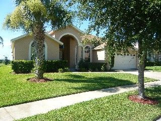 Luxurious 6 bedroom, 3 bathroom Villa just 10 minutes from DisneyVacation Rental in Orange Tree from @HomeAway! #vacation #rental #travel #homeaway