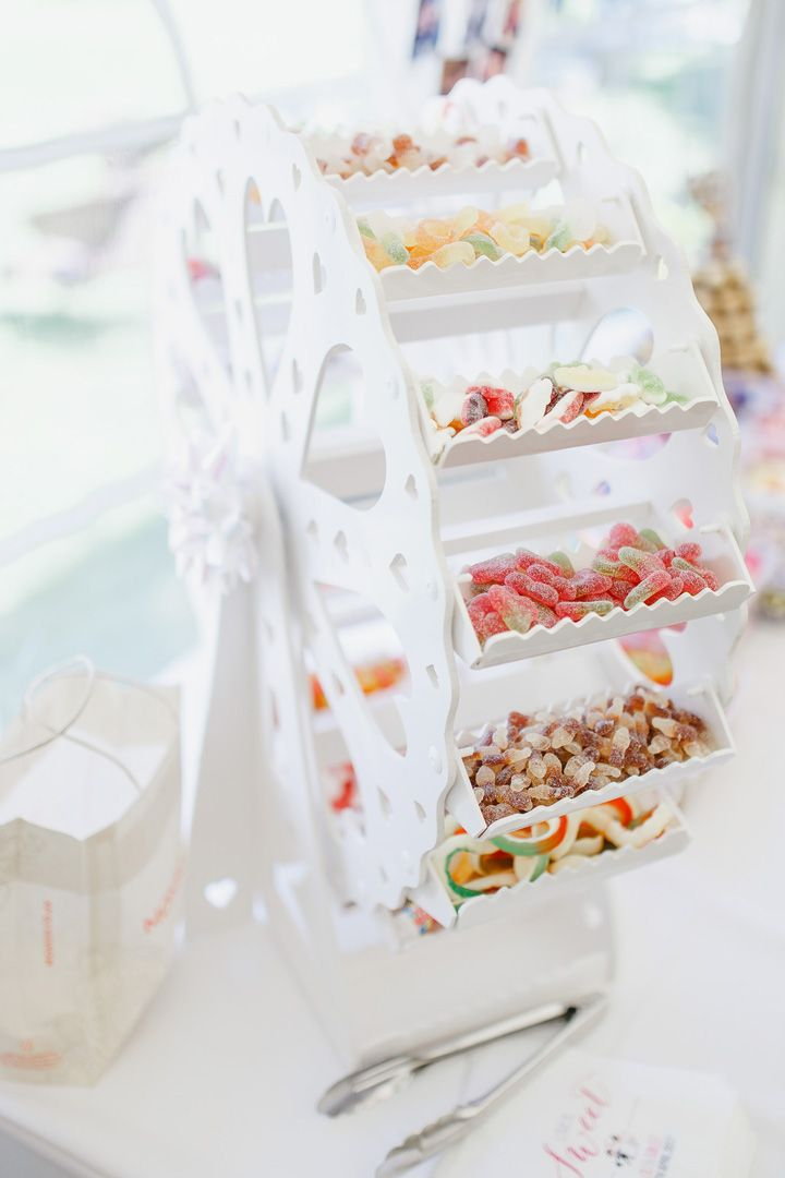Pretty display Sweet treats at wedding | fabmood.com #weddingsweettable #sweetideas #weddingdetails