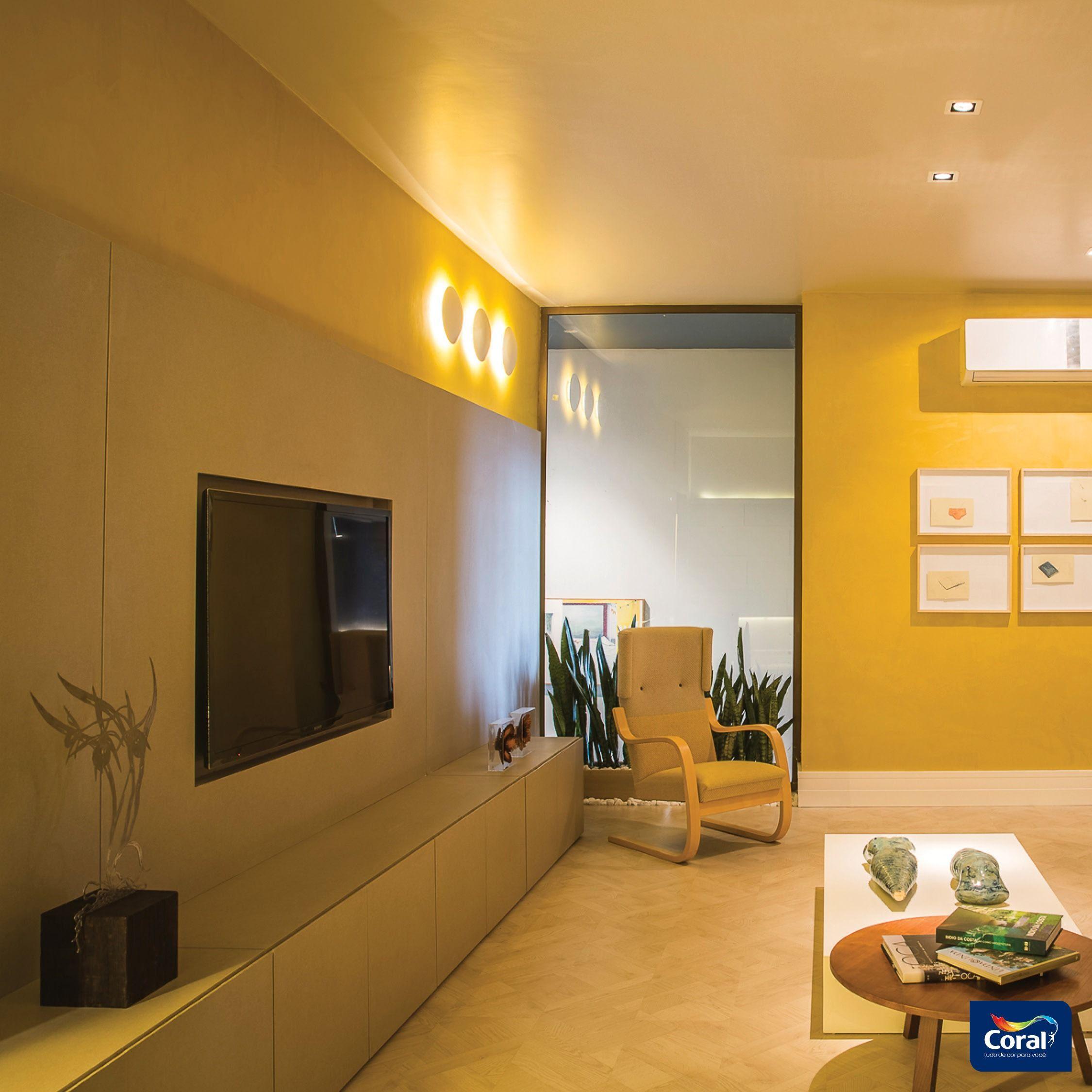 sala da familia brasileira apartamento branco coral decora interiores coral decora