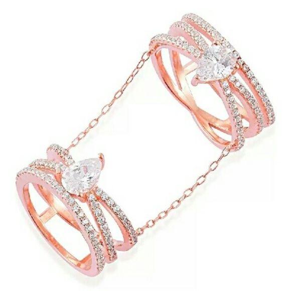 ELANZA SIMULATED DIAMOND RING NWT ELANZA SIMULATED DIAMOND DOUBLE
