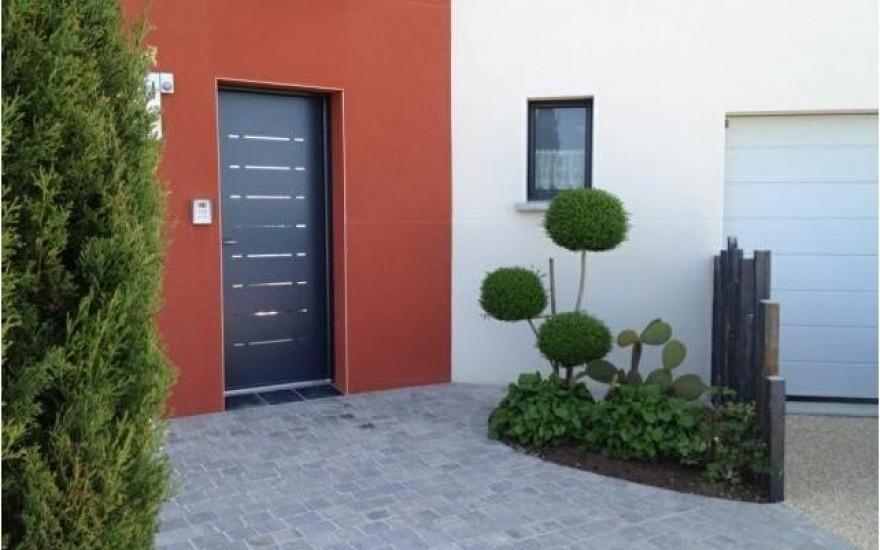 Entrée de maison en dallage - Chateaubriant Pavages et dallages