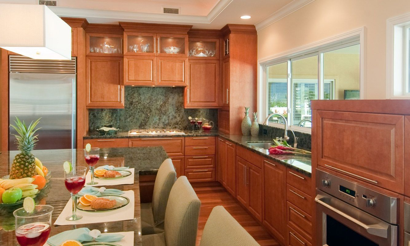 Columbia Cabinets Kcma Certified Responsible And Sustainable Cabinets Sustainable Kitchen Kitchen Design Traditional Cabinets
