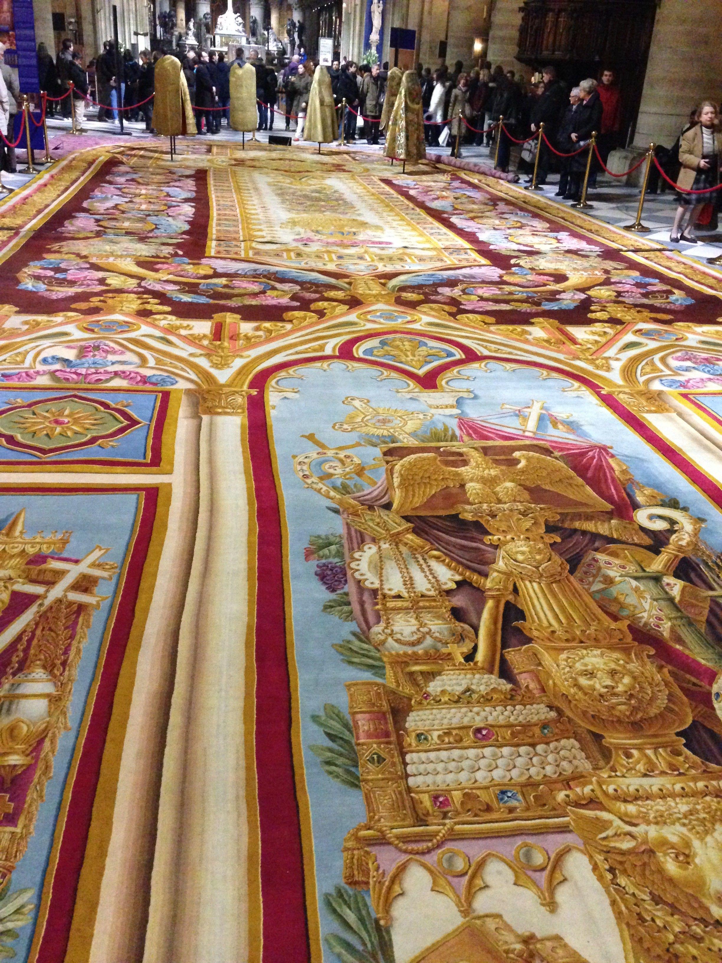 Le Tapis De La Savonnerie De Notre Dame De Paris Commande Par Charles X Sous La Restauration Il Est Offert A La Cathedrale Pa Kovry Derevo Rezba Po Derevu