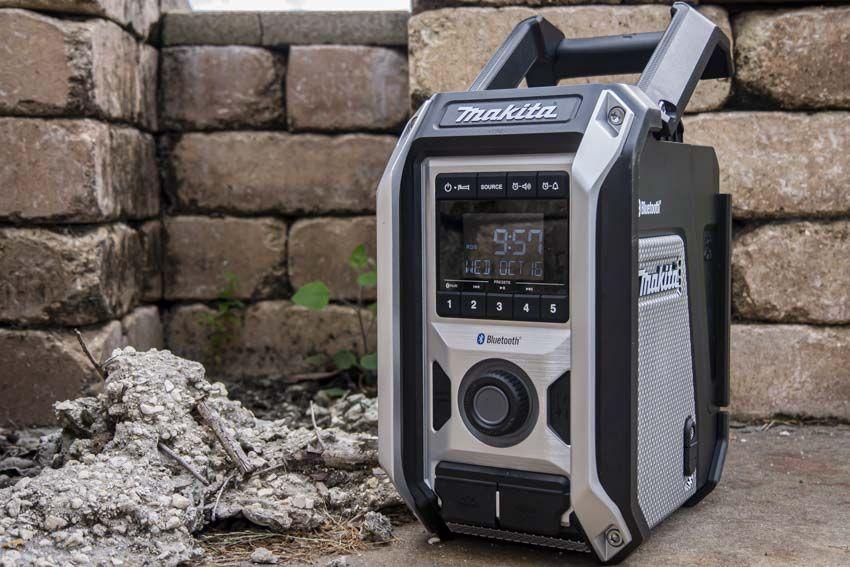 Makita XRM09B Cordless Bluetooth Job Site Radio Review