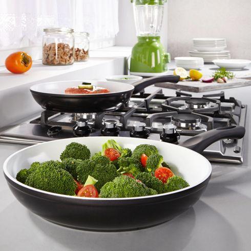 Schicke Pfanne von BERNDORF - macht das Kochen zum Genuss!