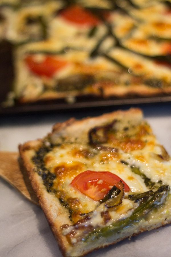 Gluten Free Pesto Pizza with Asparagus and Tomatoes ...