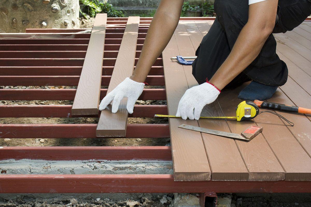 prix d une terrasse en bois au m2. Black Bedroom Furniture Sets. Home Design Ideas