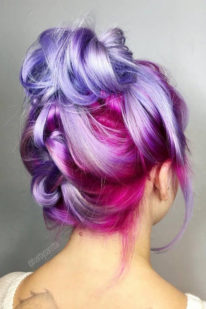 Un superbe chignon aux couleurs pastels rose, violet et