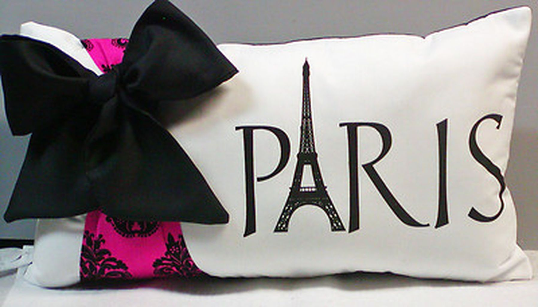 40 room with paris decorating 16 diy chambre th me. Black Bedroom Furniture Sets. Home Design Ideas