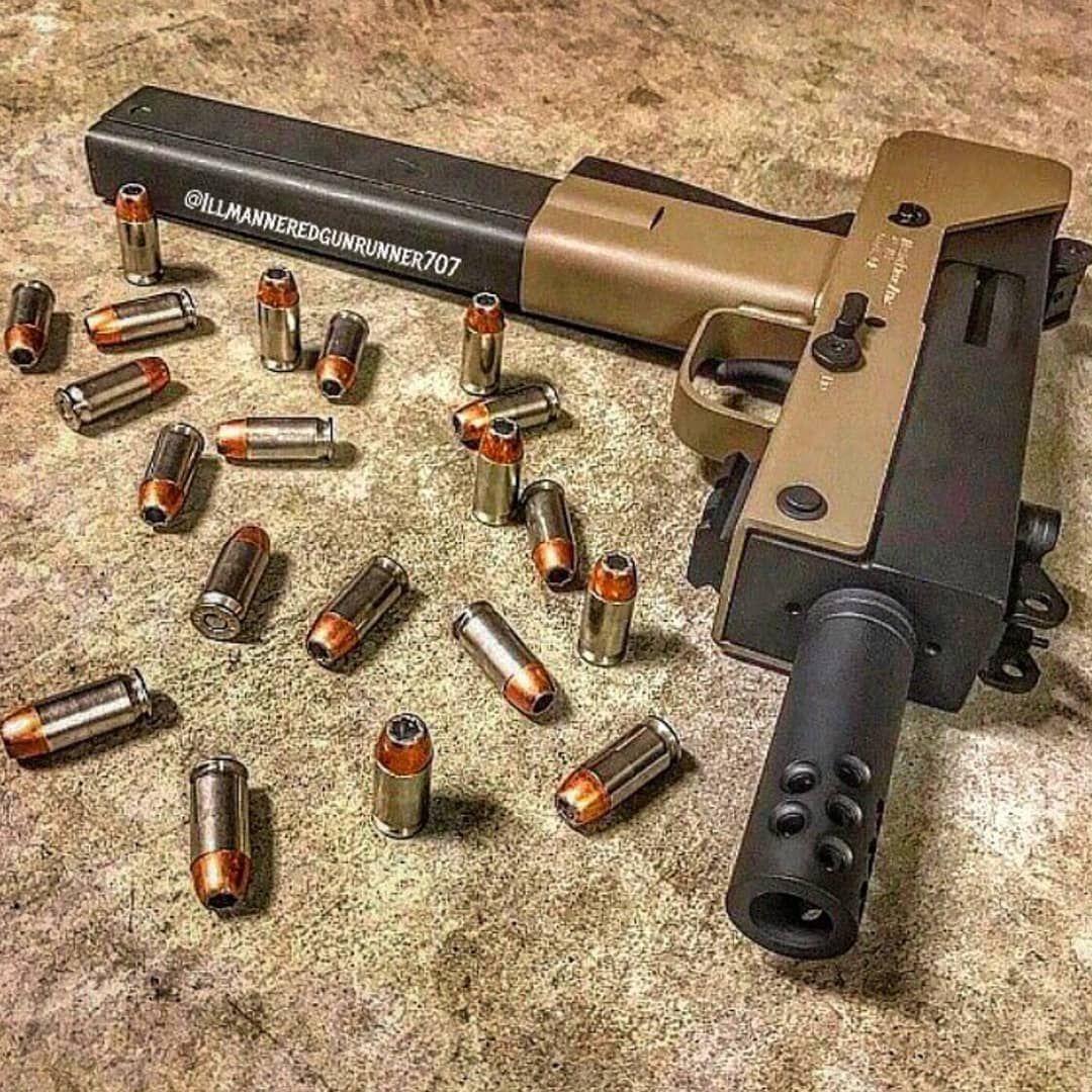 7,640 отметок «Нравится», 27 комментариев — Guns Daily USA (@gunsdailyusa) в Instagram: «When your girl tells you to buy her something from MAC  - By : @illmanneredgunrunner707 - #gun…»