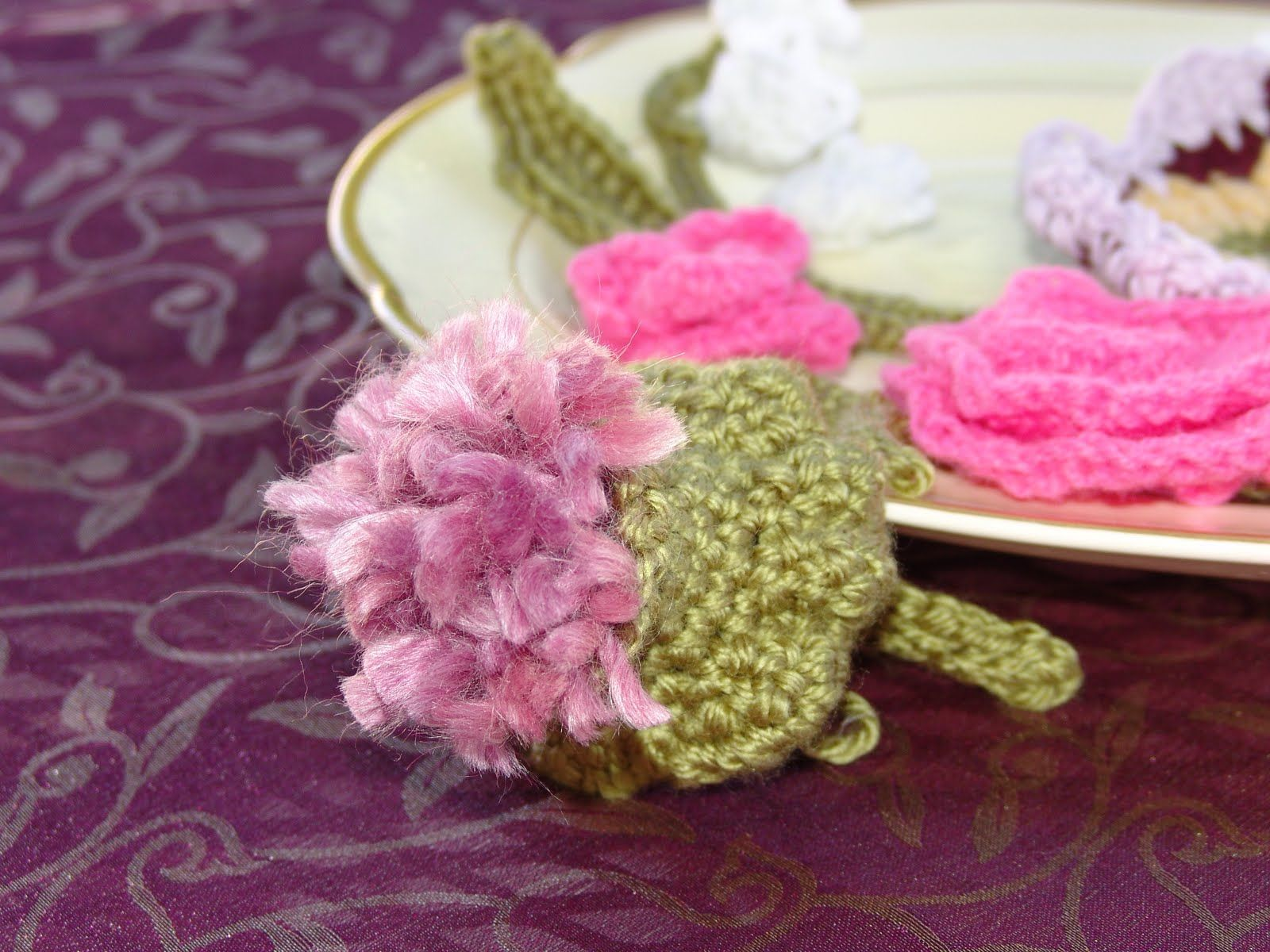 Arolew: Knitting flowers- knitted flowers, knit flower headband ...
