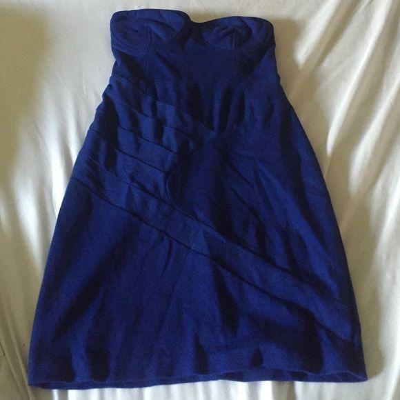 Royal blue body con express dress Royal blue body con express dress Express Dresses Mini