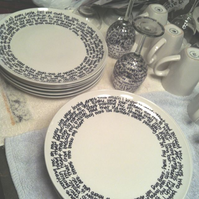 DIY Dish Set Buy plain dishes from the dollar store and decorate to suit with sharpie. Place in the oven at 350 for 30 mins and it\u0027s permanent! & DIY Dish Set: Did this today and LOVE the results! Buy plain dishes ...