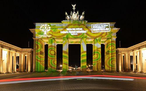0005 Brandenburger Tor Jahr Der Waelder Festival Of Lights 2011 In 2020 Festival Lights Berlin Festival Festival