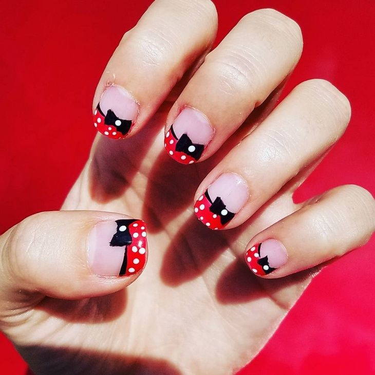 Minnie Mouse Nails: Minnie Mouse Nail Art Negative Space