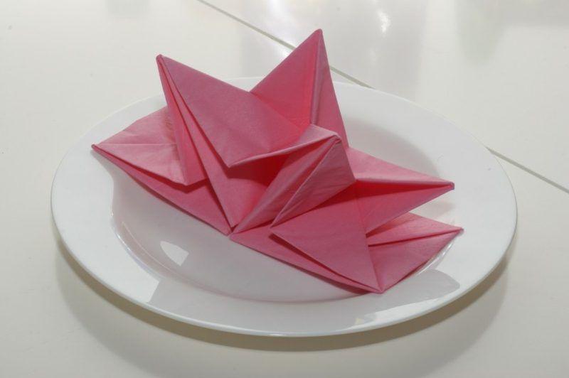 Origami Deko papierservietten falten anleitung bastelideen deko feiern