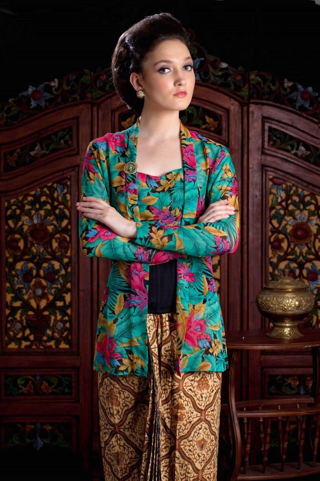 Koleksi Model Kebaya Kutu Baru Modern Terbaru Fashion