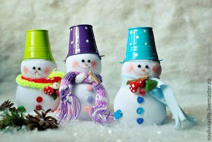 Коллекционные куклы ручной работы. Ярмарка Мастеров - ручная работа. Купить Снеговики с ведерками. Handmade. Комбинированный, подарок, новогодний, фурнитура