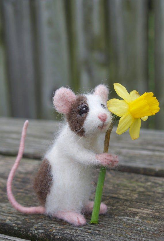 Needle Felted Pet Mouse, Custom Poseable Realistic Life Sized
