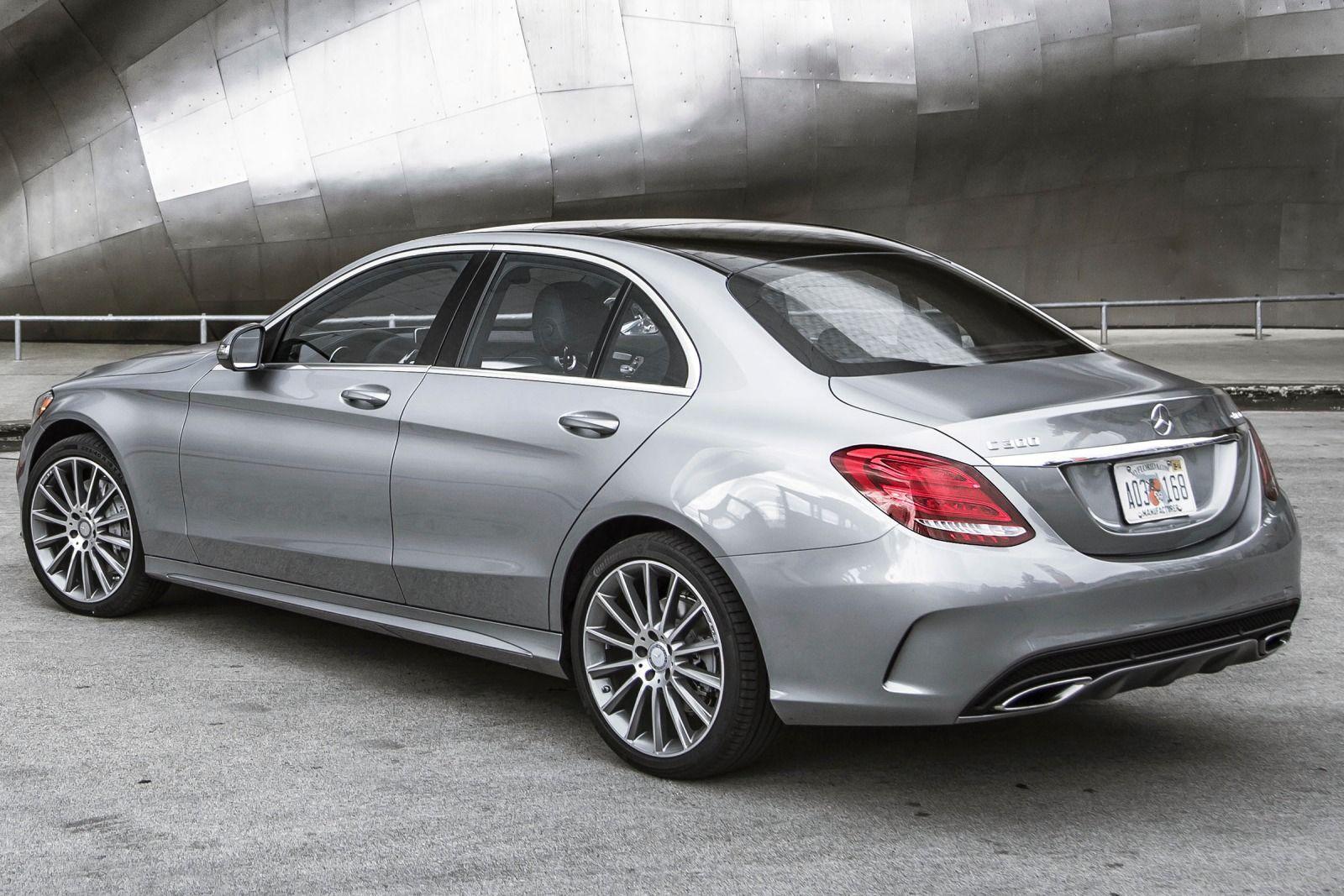 2015 luxury sedans 2015 MercedesBenz CClass C300