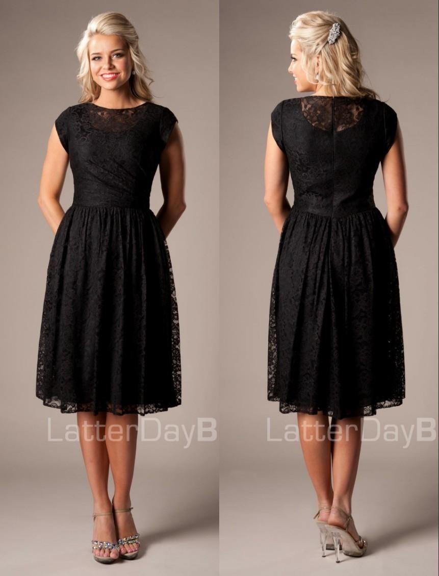 Vintage black lace short modest bridesmaid dresses with cap sleeves
