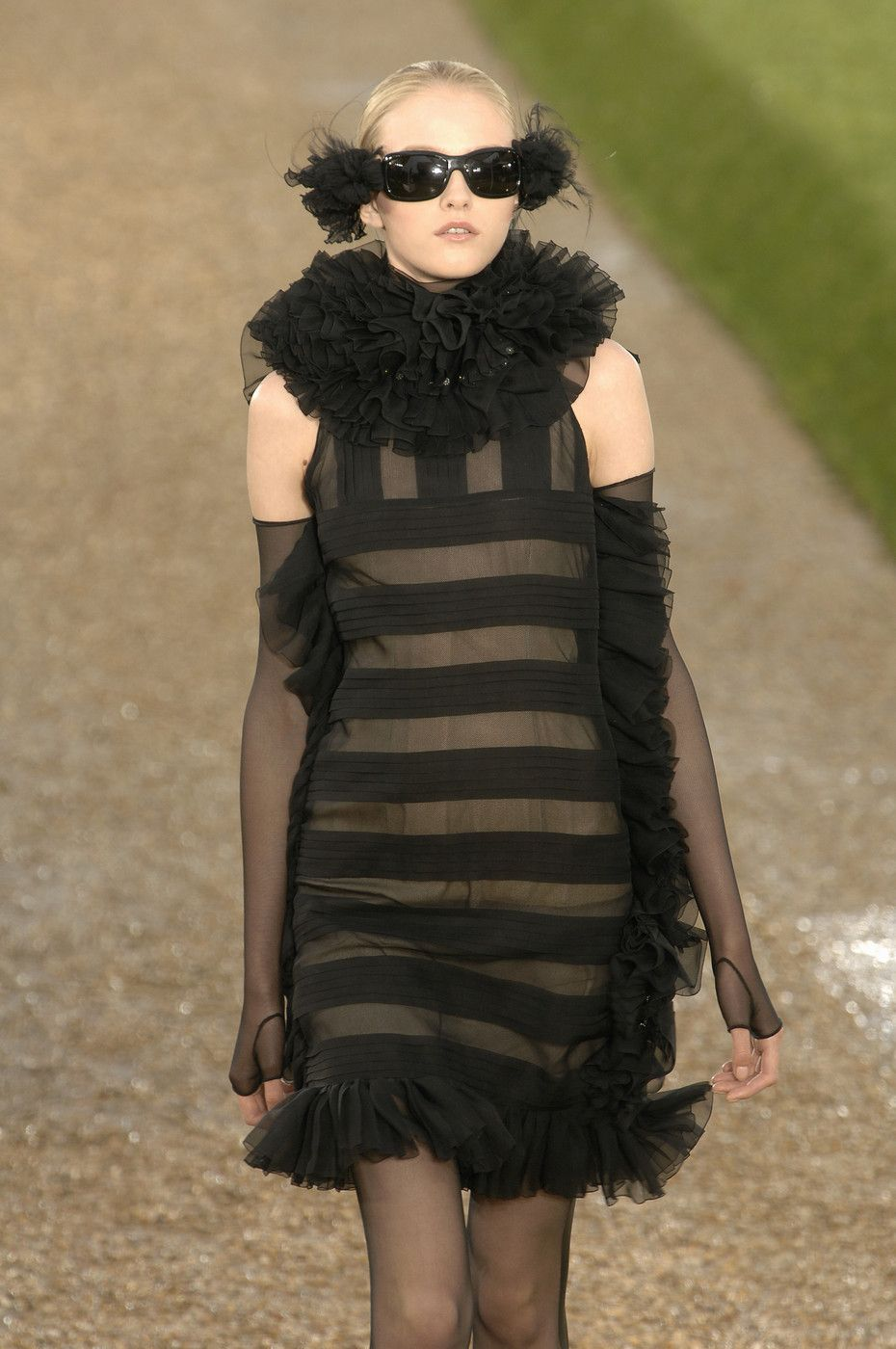 Chanel - Fall 2007 Couture Collection