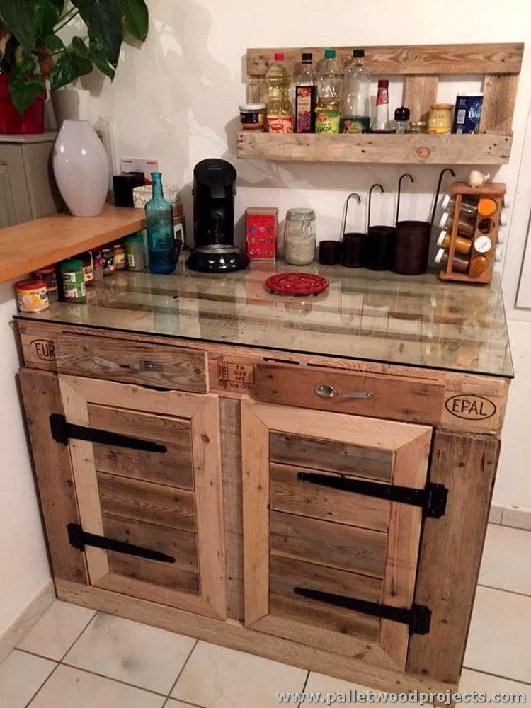 Pallet Kitchen Cabinet with Glass Top | MUEBLES DE PALET | Pinterest ...