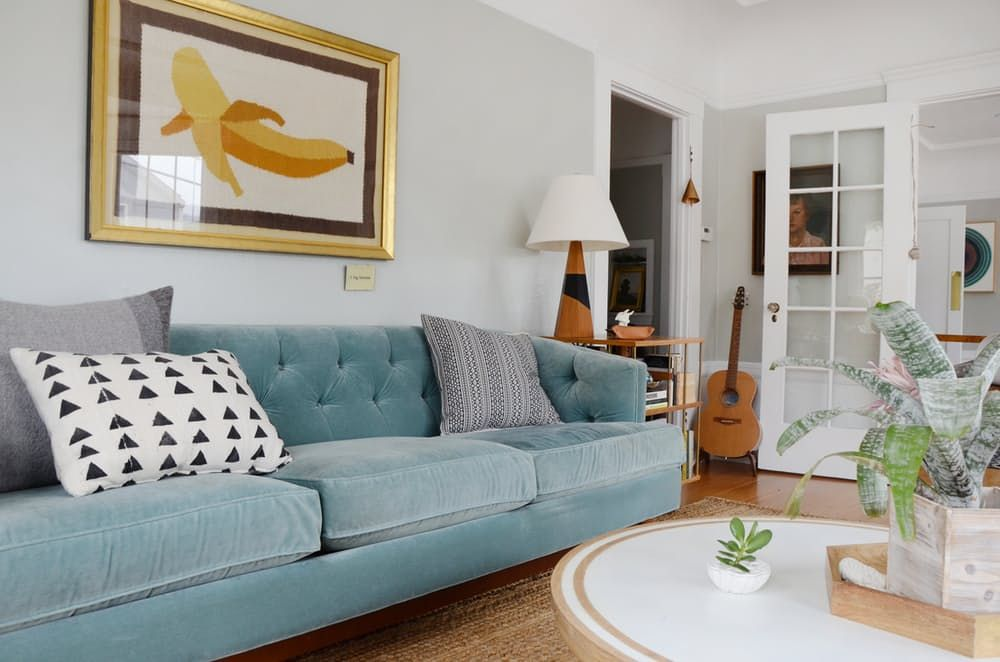 """House Tour: A Modern """"Golden Girls"""" Style Apartment 