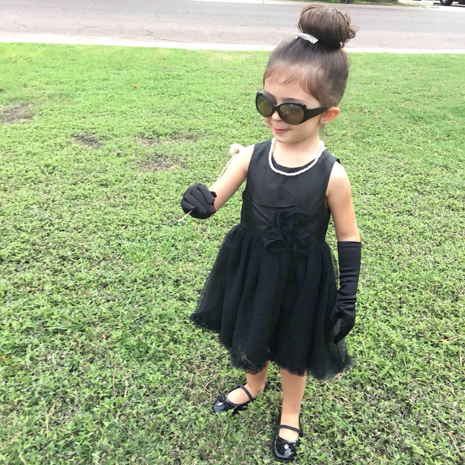 Toddler Halloween Costume Mini Audrey Hepburn Breakfast At Tiffany S Toddler Halloween Toddler Halloween Costumes Breakfast At Tiffanys