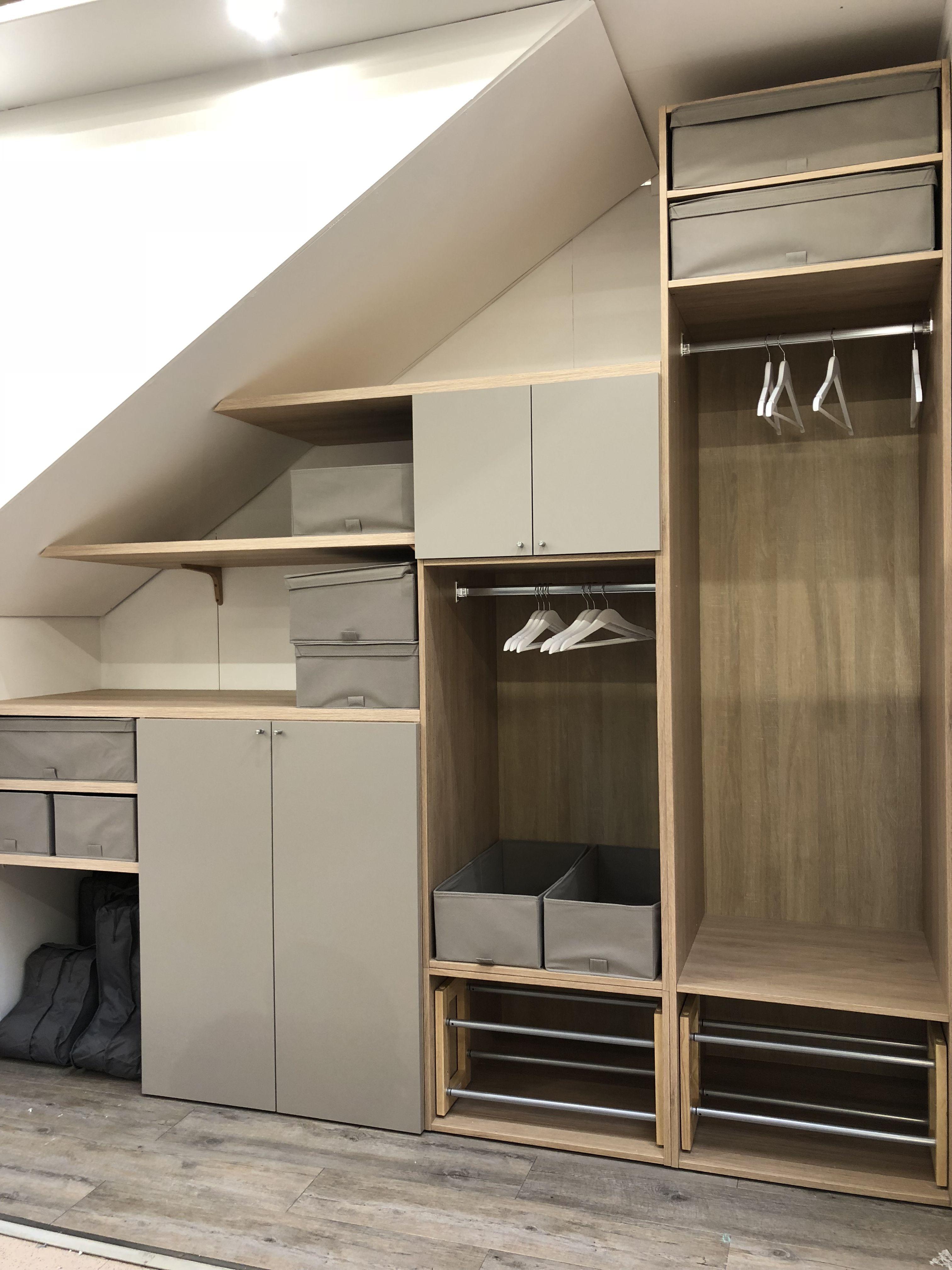 Amenagement Sous Comble Et Escalier Avec Spaceo Attic Bedroom Designs Low Ceiling Bedroom Closet Remodel