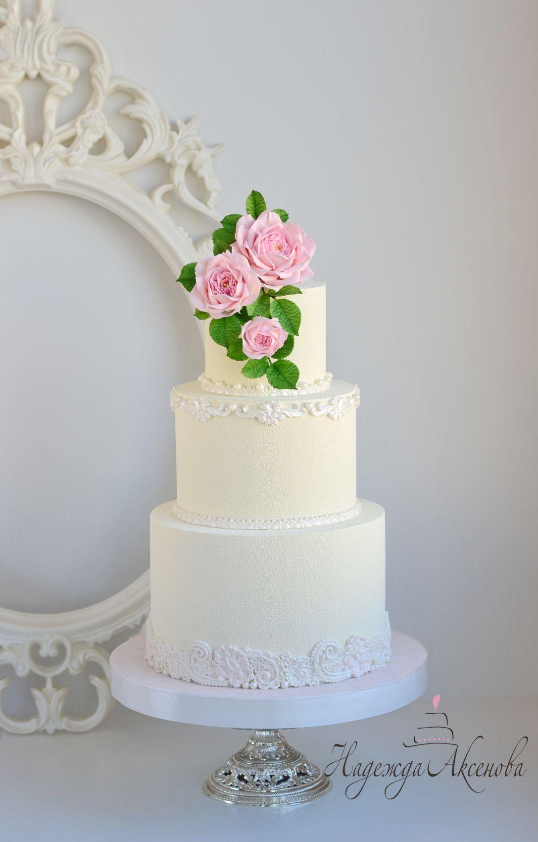 wedding cake cover- chocolate velvet . Chocolate velvet texture ...