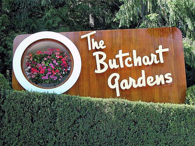 Butchart gardens sign by Photography by Lyon, via Flickr #butchartgardens