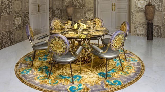 Living In Versace: If You Loved The Outfit, You Can Buy The Flat .