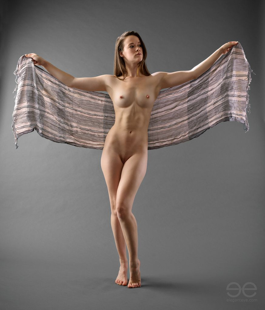 Nude Cloth 51