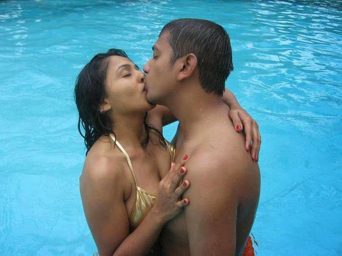 Couples Nude kissing indian