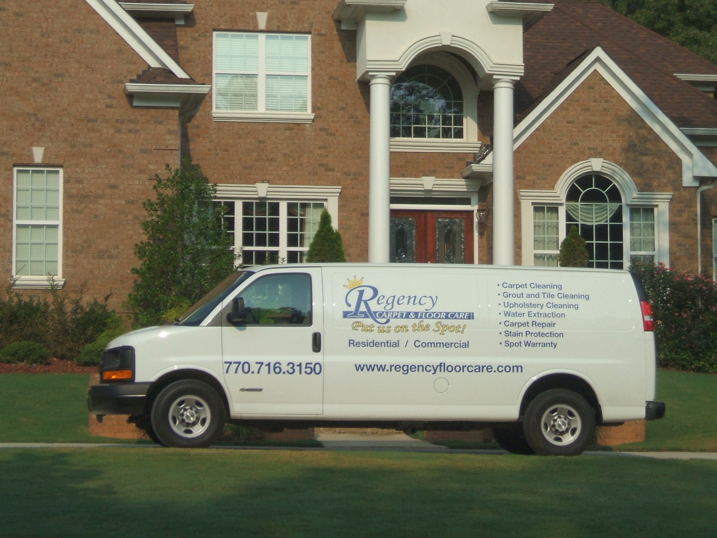 Best Carpet Cleaner In Fayetteville Peachtree City Sharpsburg Newnan Ga Putusonthespot Com Stain Protection Cleaning Upholstery Carpet Repair